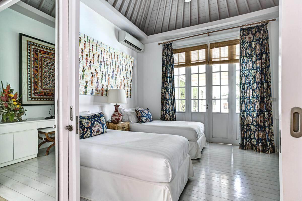 Bali Wellness retreat, georgeous twin bedrom